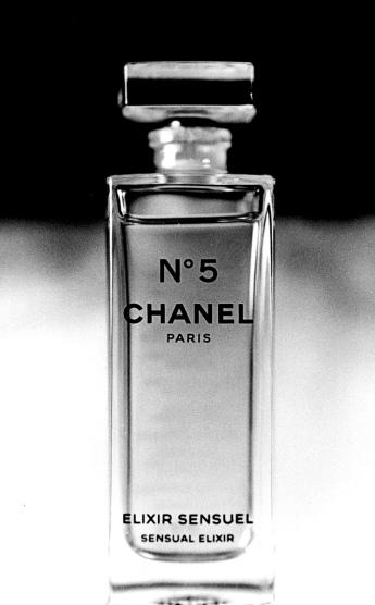 Chanel_N°5_Elixir_sensuel