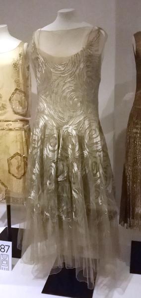 vionnet_evening_gown2c_embroidered_silk_net2c_1931